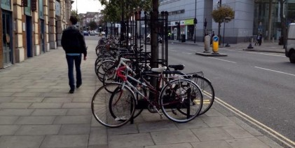 Anxious residents call for cycle lanes in Hackney Central